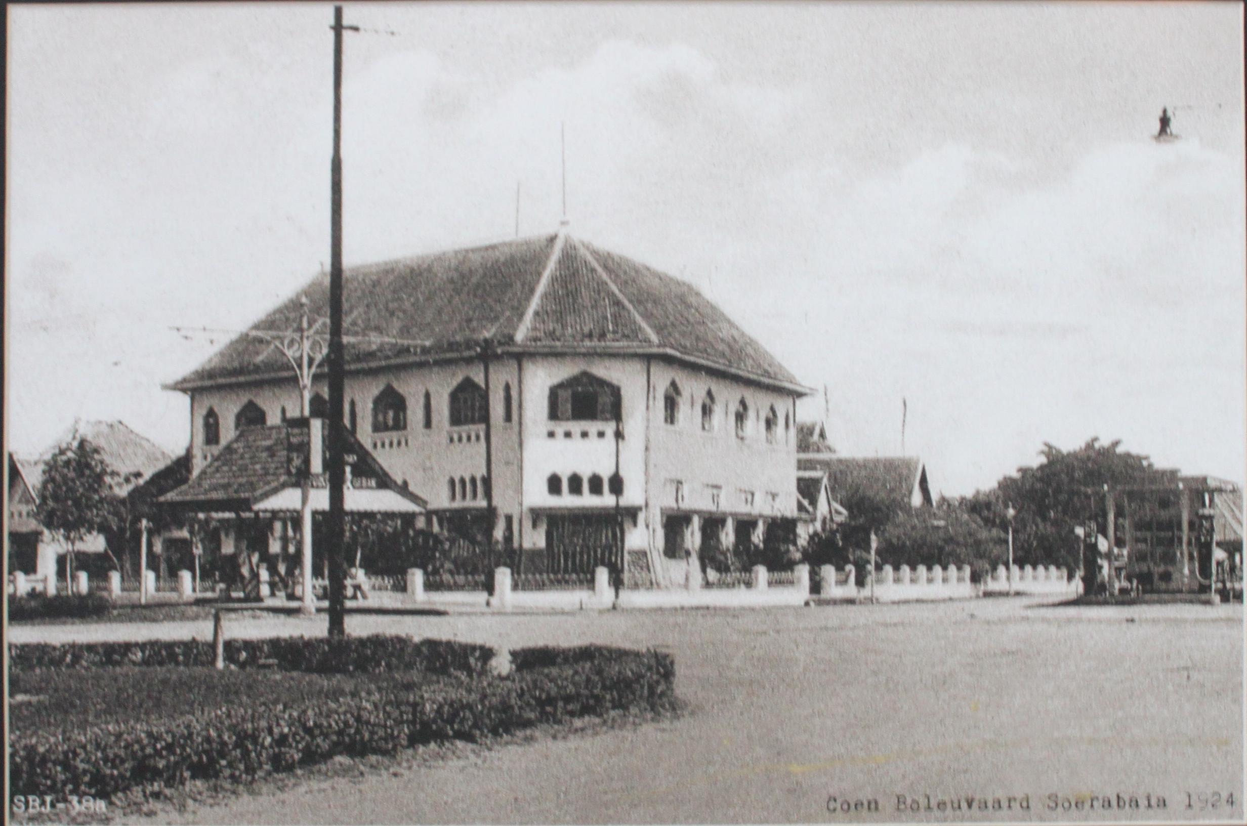 Dibalik Sejarah Gedung Grha Wismilak Foto Tahun 1924